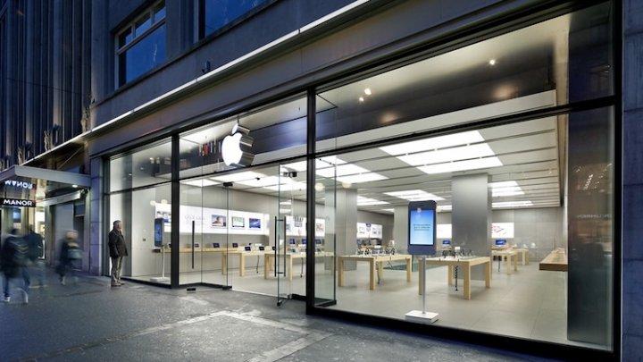 Opt persoane rănite și un magazin din Zurich evacuat după ce o baterie de iPhone s-a supraîncălzit