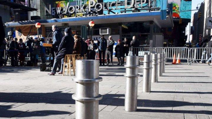 Autorităţile din New York instalează stâlpi de securitate pentru a preveni atacurile teroriste