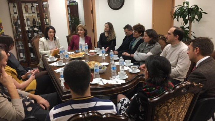 Integrarea migranților moldoveni în societatea canadiană, discutată de şefa BRD cu diaspora din Ottawa