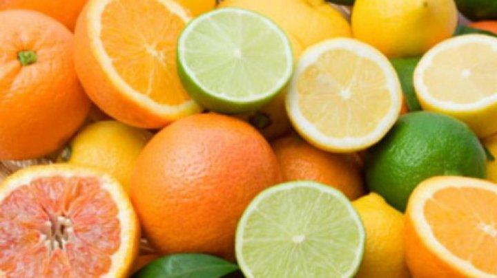 Fructele exotice au devenit mai accesibile. În pieţe, citricele s-au ieftinit cu 30-50 la sută