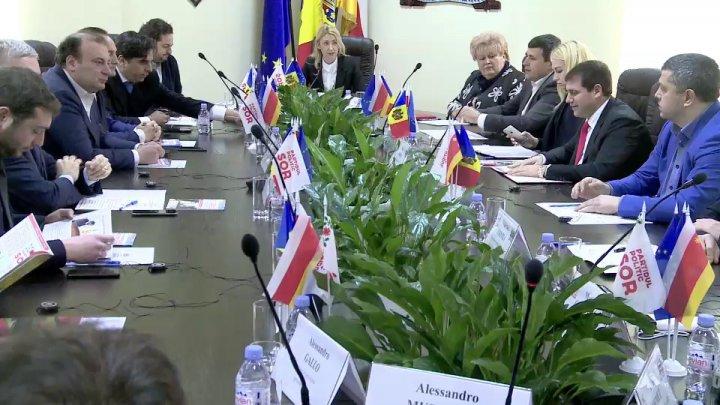 Cinci deputați din Parlamentul European, în vizită la Orhei. Şor: Noi construim Moldova acasă