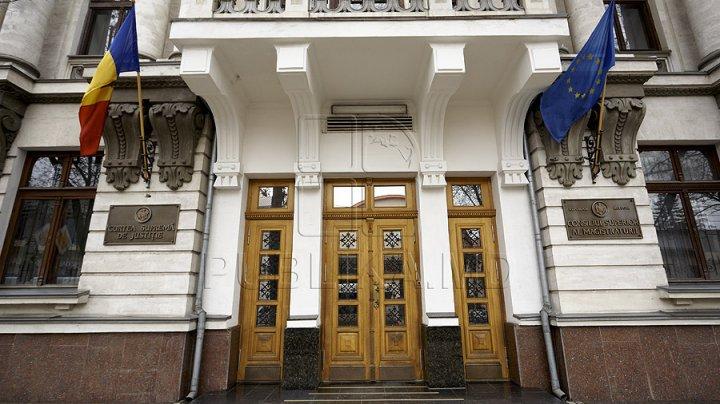 Angajaţii Consiliului Superior al Magistraturii vor activa la distanţă în următoarele două săptămâni