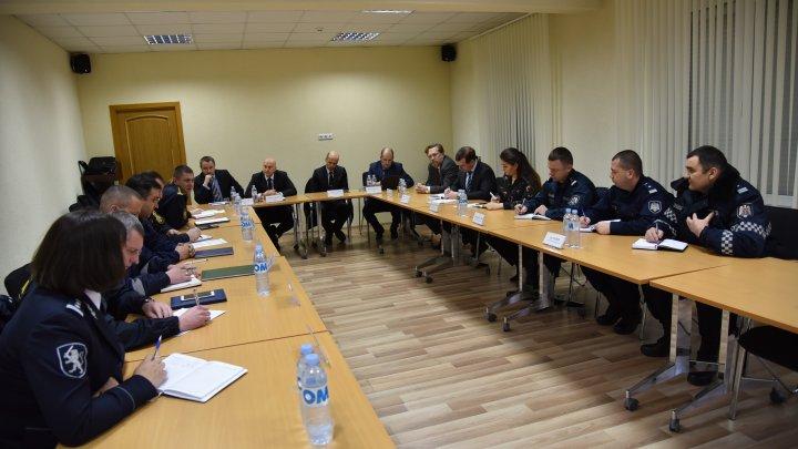 Angajații Inspectoratului Național de Patrulare, instruiți de către experții din Estonia