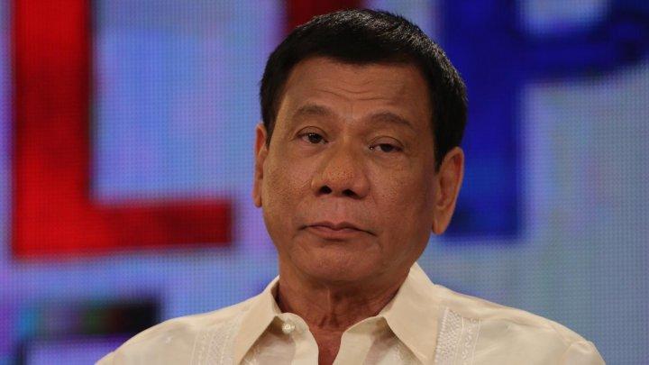 Președintele filipinez, Rodrigo Duterte cere armatei să îl împuște. Ce condiţii a impus