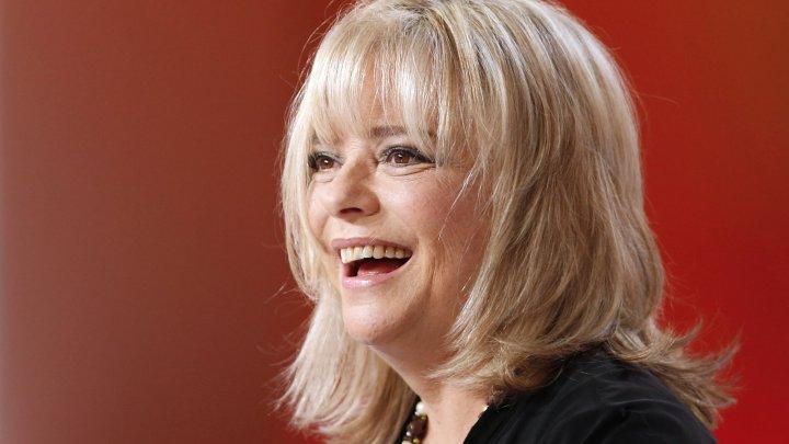Doliu în Franţa! A murit legendara cântăreaţă France Gall