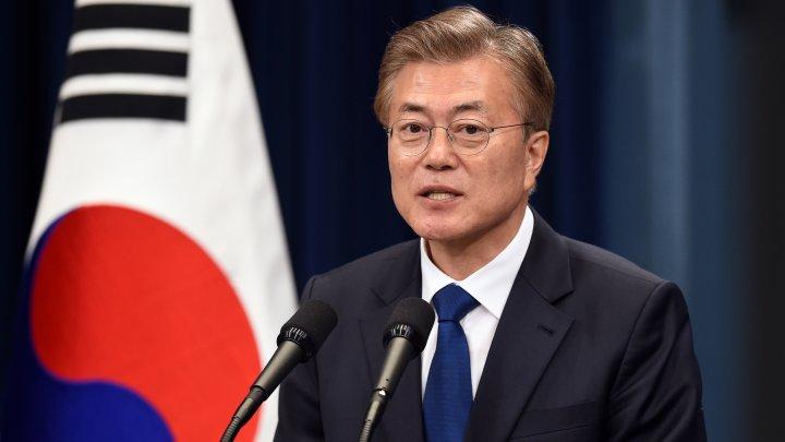 Preşedintele Coreei de Sud, Moon Jae-in lansează un apel Washingtonului să-şi reducă exigenţele faţă de Phenian