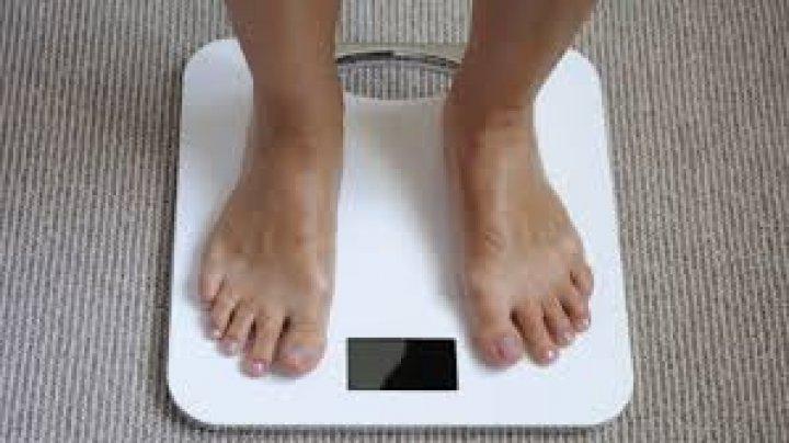 Ai greutatea ideală? Câte kilograme trebuie să ai în funcţie de înălţime (FOTO)