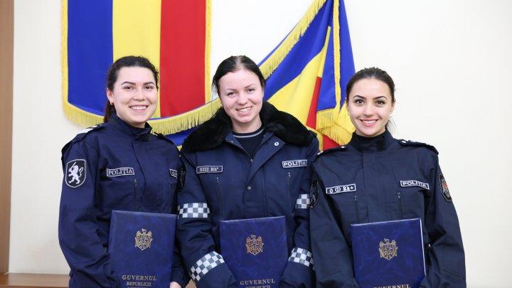 Guvernul mulțumește inspectorilor de patrulare pentru asigurarea ordinii publice la Târgul de Crăciun (GALERIE FOTO)