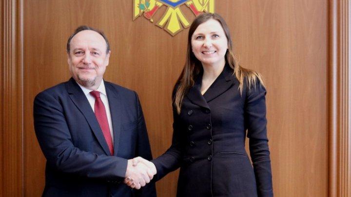 Întrevederea Secretarului de Stat Daniela Morari cu Ambasadorul croat Davor Vidiš