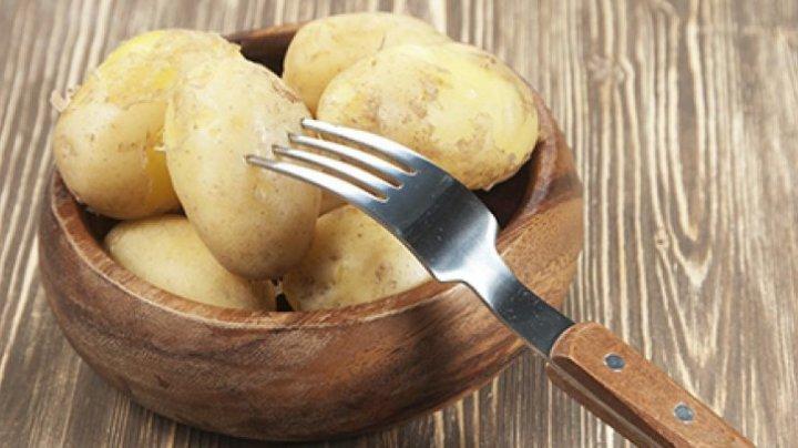 Trebuie să încerci asta! Dieta cu cartofi fierţi: slăbeşte 3 kilograme în 3 zile