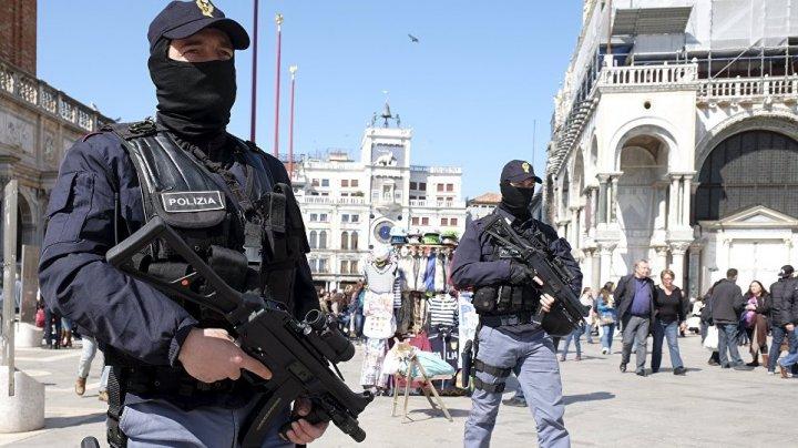Mafia chineză din Italia, destructurată. Poliţia a arestat 28 de persoane