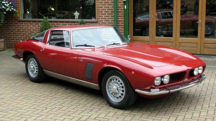 Un automobil care i-a aparţinut lui Johnny Hallyday va fi scos la vânzare pentru 3 milioane de euro