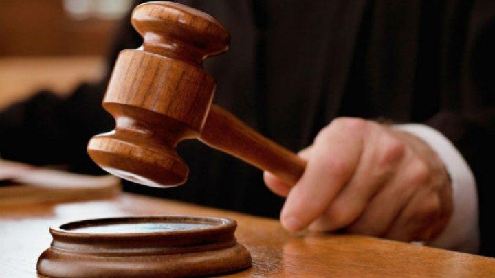 Un avocat din Donduşeni, reţinut pentru trafic de influenţă
