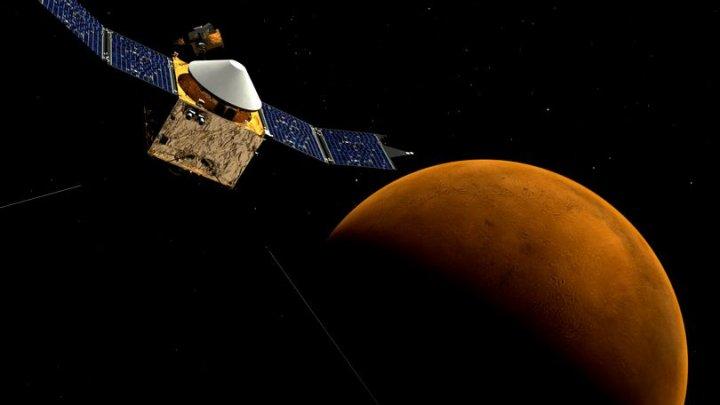 INCREDIBIL! Noi rezerve uriașe de gheață găsite pe Marte, dovadă că planeta ar putea fi colonizată