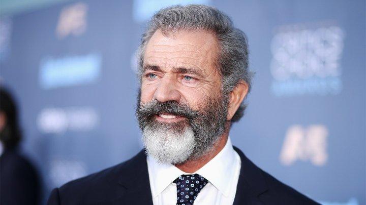 Mel Gibson, de nerecunoscut! Alături de cine a fost surprins celebrul actor
