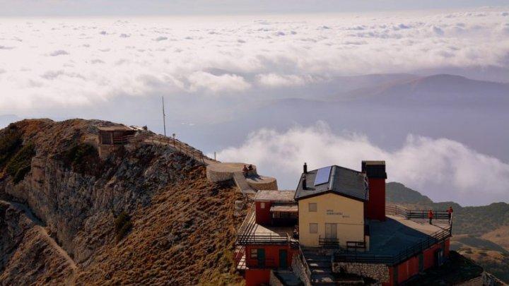 MOMENTE DRAMATICE. O moldoveancă a murit după ce a căzut de pe un munte