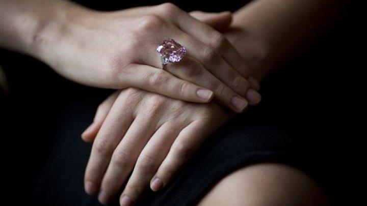 Cele mai scumpe bijuterii de lux din lume. Sumele fabuloase pentru care au fost vândute