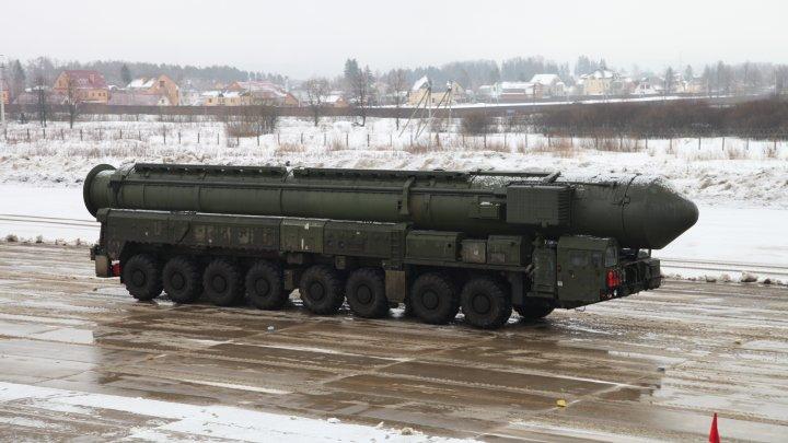 Armata rusă a inițiat manevre militare, utilizând sisteme de rachete intercontinentale nucleare