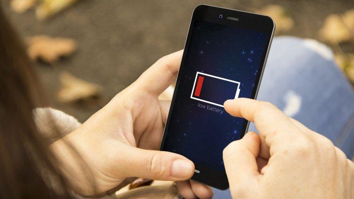 BINE DE ŞTIUT: Trucuri prin care poţi creşte durata de viaţă a bateriei de la smartphone