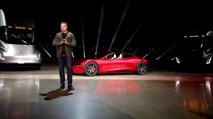 Elon Musk ar putea câștiga un bonus de 55 de miliarde de dolari de la Tesla. Care sunt condiţiile