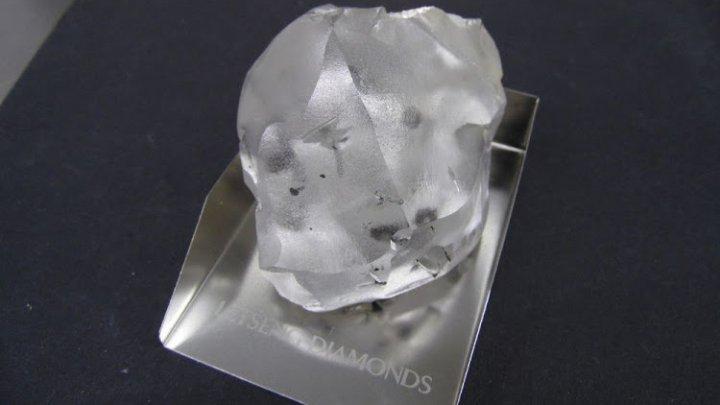 Unul dintre cele mai mari cinci diamante din lume, descoperit în Lesotho, Africa