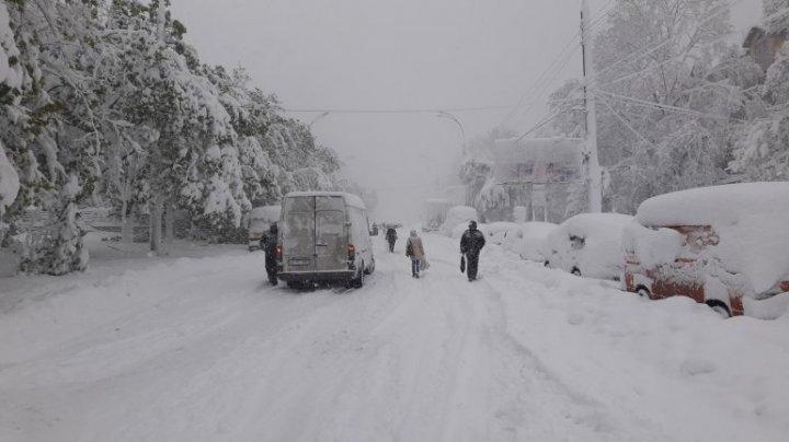 Atenție, șoferi! Din cauza condițiilor meteo nefavorabile este sistată circulația rutieră