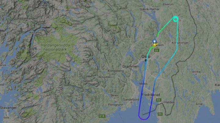 Un avion cu 84 de instalatori la bord s-a întors din zbor după o defecțiune la toalete