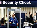 Tehnologie nouă pe Aeroportul din Miami. O cameră specială compară faţa oamenilor cu fotografia din paşaport