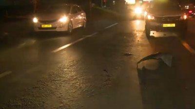 Accident pe traseul Chişinău - Bender. Un bărbat a fost lovit în plin de o maşină. Cum s-a întâmplat totul (VIDEO)