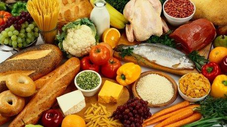 Care sunt cele mai periculoase alimente care vă pot îmbolnăvi de cancer. Medicii trag un semnal de alarmă