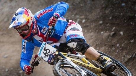 Mai mulţi ciclişti au parcurs un traseu dificil în cadrul celei de-a 16-a ediţii a turneului Cerro Abajo