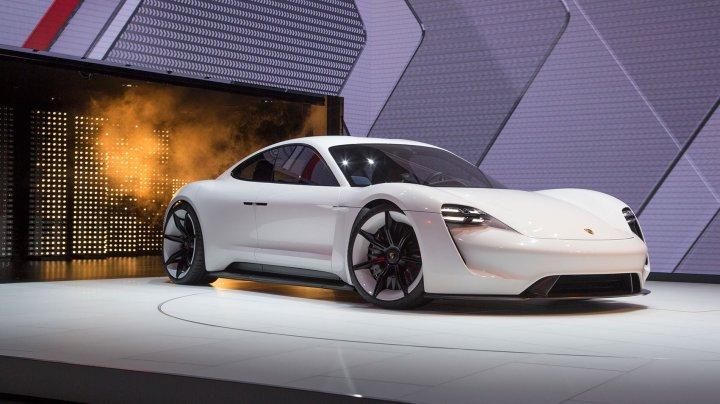 Nemţii de la Porsche vor dubla investițiile pentru mașini electrice la şase miliarde de euro
