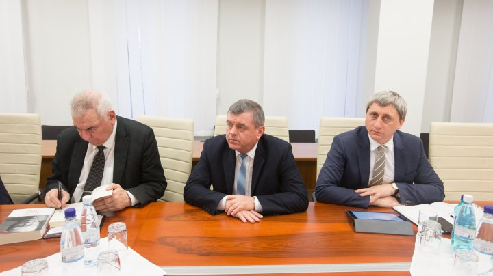 Parlamentele Moldovei şi Polonei îşi vor intensifica colaborarea