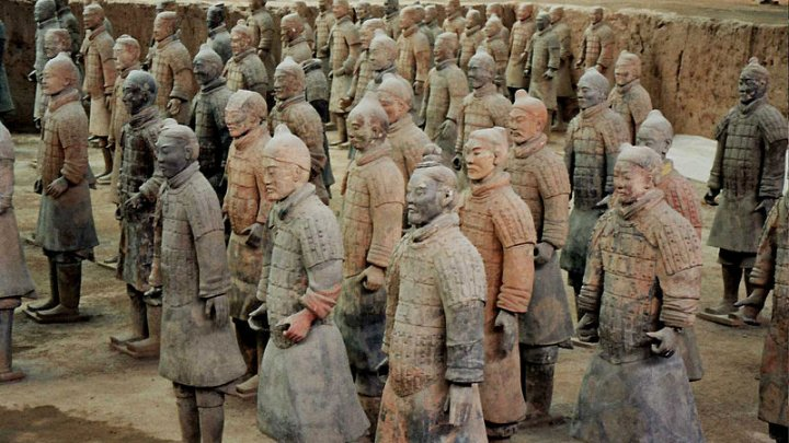 Autorităţile chineze cer pedeapsă severă pentru un bărbat care a furat degetul unui soldat de teracotă
