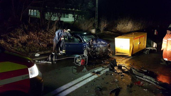 Grav accident în România. Şaşe persoane rănite, după ce un şofer a adormit la volan