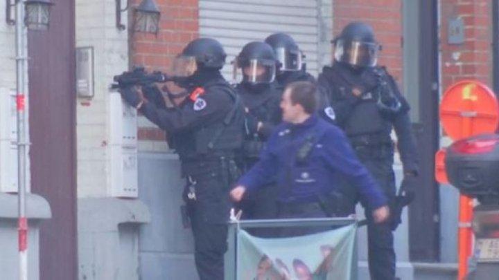 ALERTĂ TERORISTĂ la Bruxelles: SUTE DE POLIȚIȘTI au împânzit zona