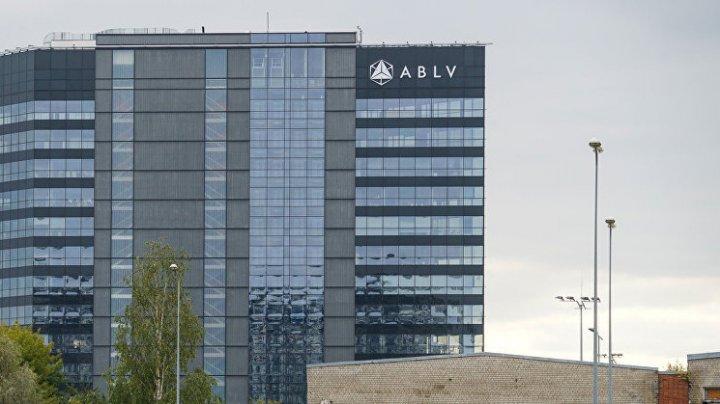 SCANDALUL CORUPŢIEI! BCE a oprit toate plăţile către banca letonă ABLV, acuzată de spălare de bani