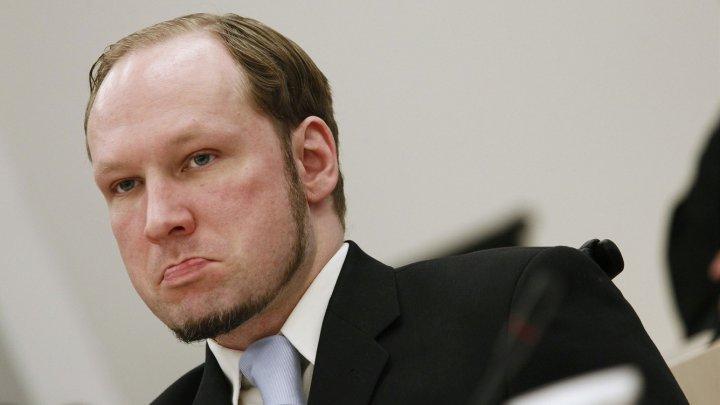 Extremistul Anders Behring Breivik regretă că a ucis 77 de persoane