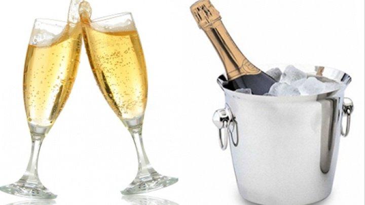 Șampania nu se bea așa cum știai. Greșeala pe care o făceai până acum