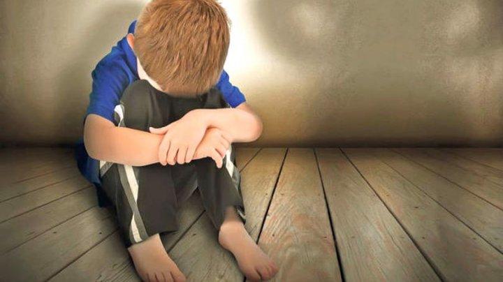 CAZ ORIBIL! Un tată și-a pedepsit copilul pentru că a fost agresat sexual. DETALII TERIFIANTE