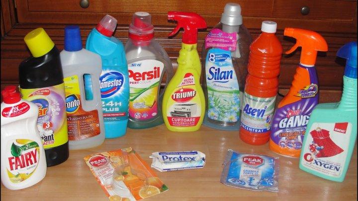 Studiu: Produsele de curăţenie pot fi la fel de periculoase precum fumatul