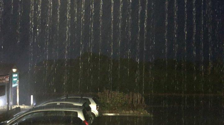 Ziua Zero SE AMÂNĂ în Cape Town! Cum au reacționat oamenii când a început să plouă (FOTO)