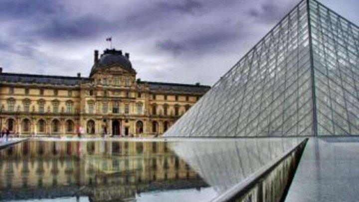 Parisul a atras un număr record de turişti străini și francezi în 2017