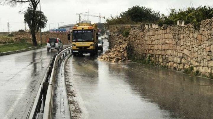 Un român a murit în timpul unei furtuni violente care a lovit Malta