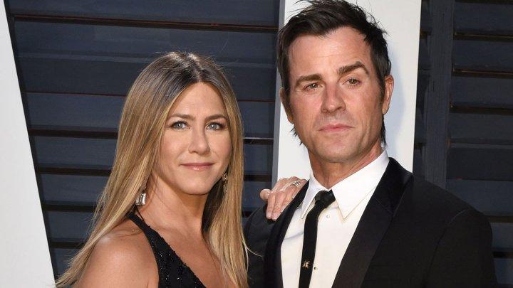 Bombă în showbiz! Jennifer Aniston şi Justin Theroux NU ar fi fost căsătoriţi legal