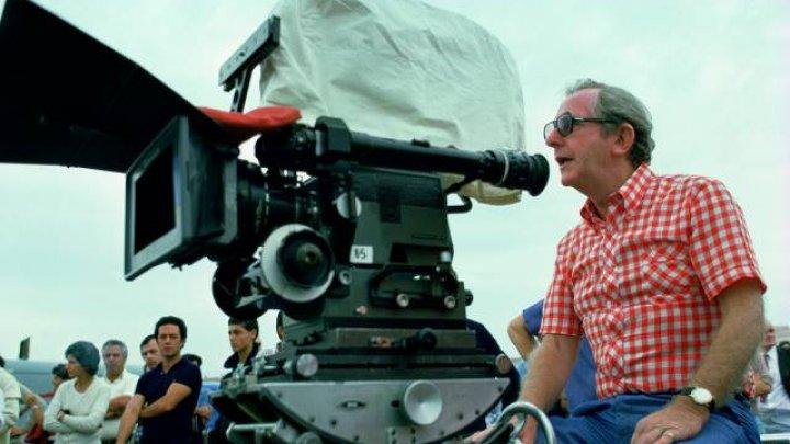 DOLIU! Regizorul a trei filme din seria James Bond a murit la vârsta de 97 de ani