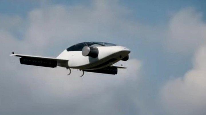 Revoluționar! Cum arată și când va fi lansată mașina zburătoare (VIDEO)