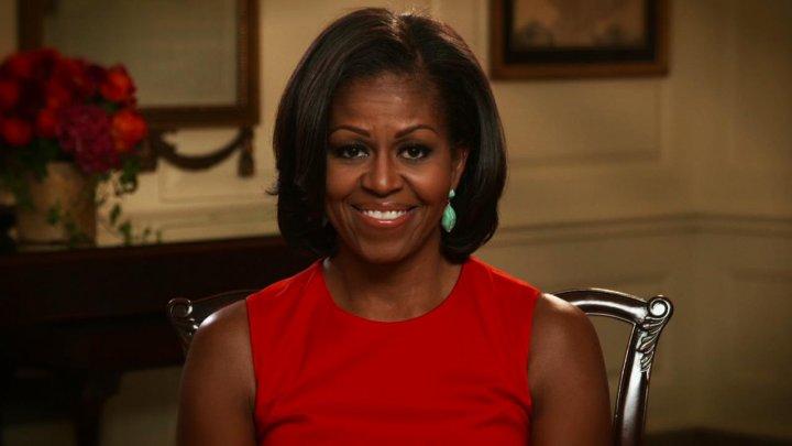 """Michelle Obama își publică memoriile într-o carte intitulată """"Becoming"""". Când va fi lansată"""