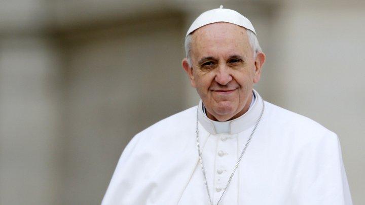Ce i-a spus Papa Francisc unui homosexual care a fost abuzat de un preot din Chile