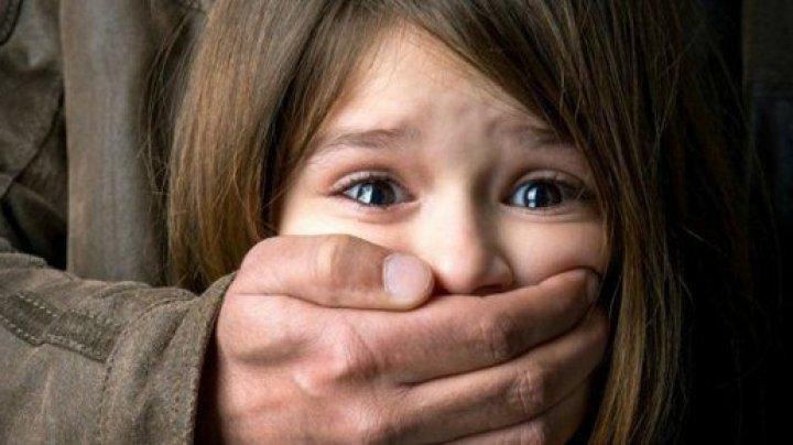 6 ani după gratii: Sentinţa Curţii de Apel din Bucureşti pentru acte de pedofilie a 2 cetăţeni germani